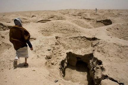 iraq-dubrum-archeology-lootingjpg-62e1f2d7216652e3_large